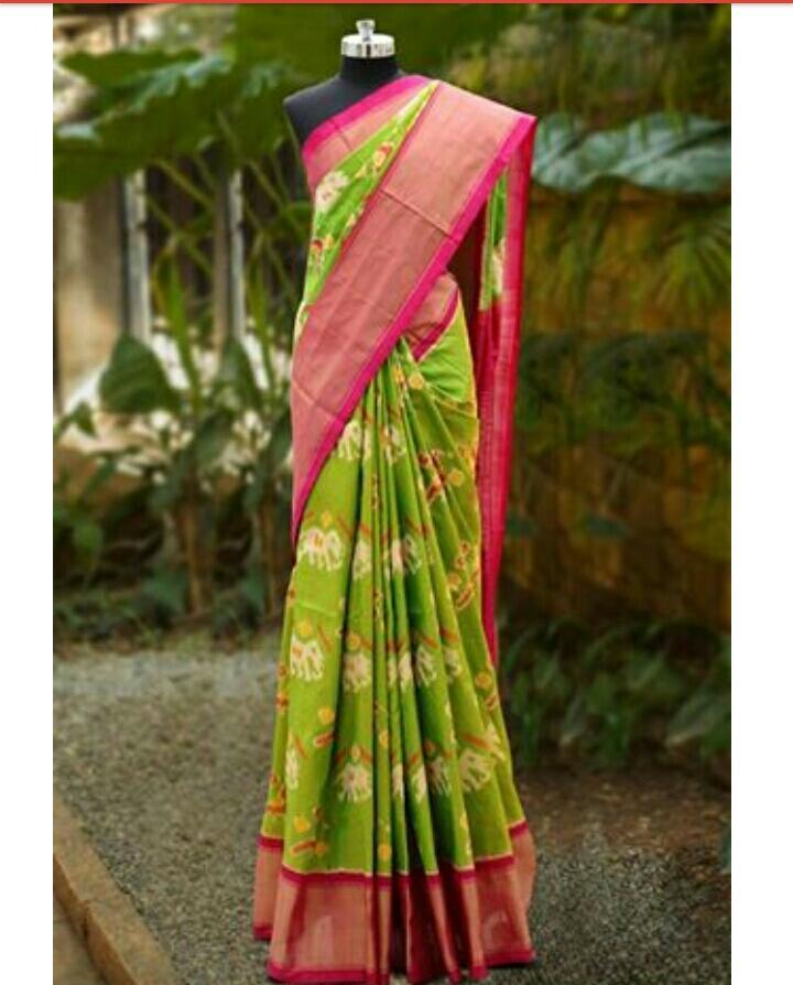 ParrotGreen Pochampally Ikkath Silk saree-1